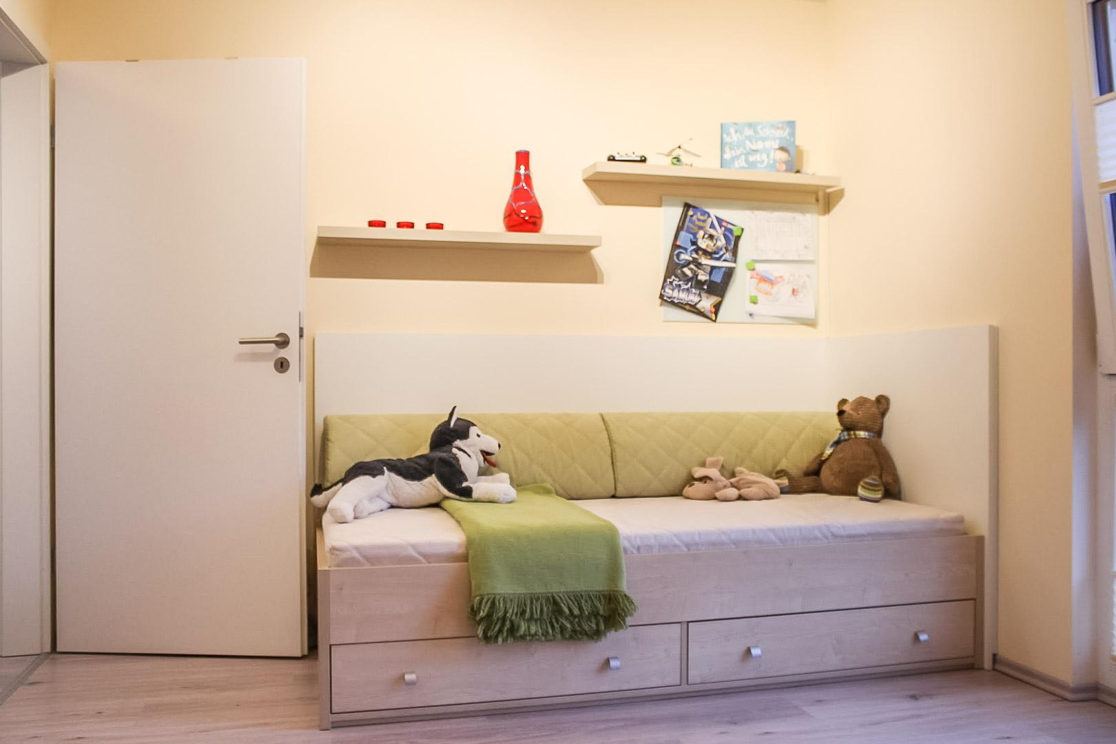 Tischler aus Strausberg erfüllt junger Mutter einen Kinderzimmer-Traum